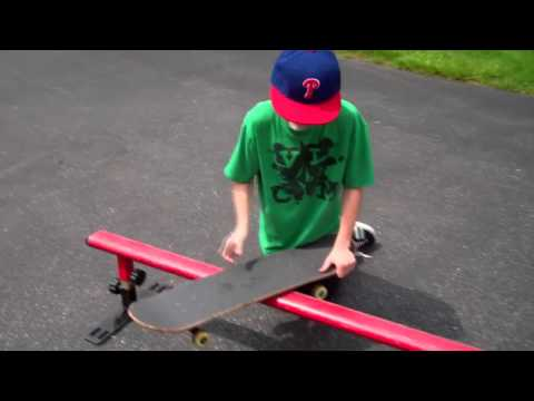 How to Boardslide on a Skateboard