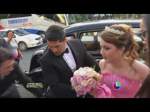 Alicia Villareal, Arturo Carmona y Cruz Martínez de fiesta por su hija