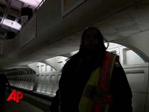 Raw Video: DC Metro Train Derails