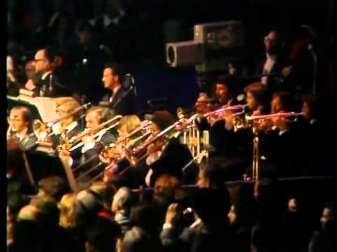 FRANK SINATRA Live at Madison Square Garden NY, USA, 1974 - I've got you under my skin