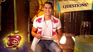 BooBoo Stewart Answers Fan Questions! | Descendants 3
