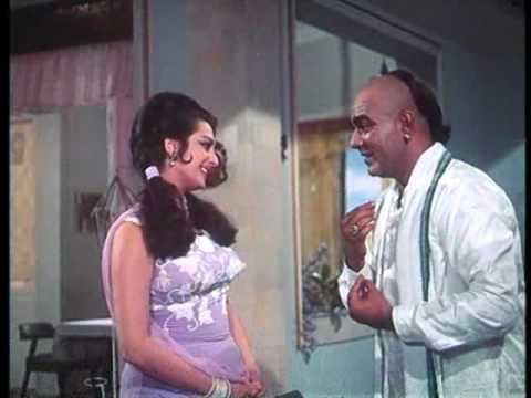 Padosan - 11/13 - Bollywood Movie - Sunil Dutt, Kishore Kumar & Saira Bano
