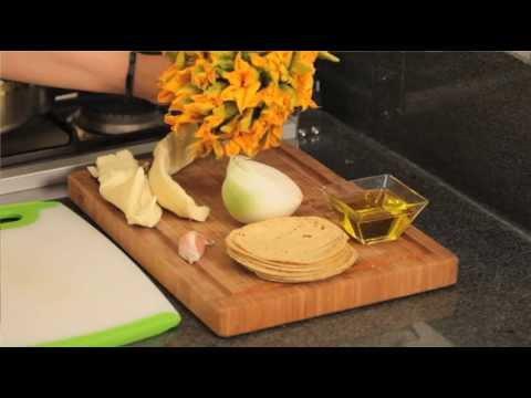 Quesadillas de flor de calabaza - Squash Flower Quesadillas