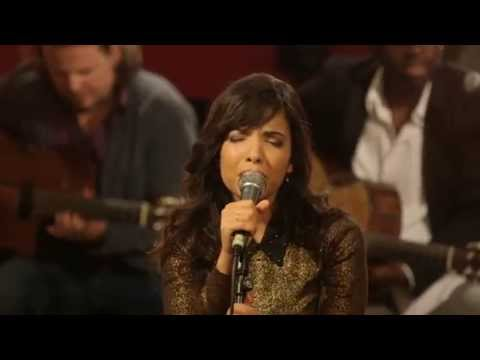 download lagu Indila - Run Run Live - Paris gratis