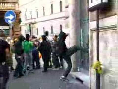 Protest against Bush (Rome) - black bloc - (9 june 2007)