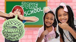 Silly Teacher vs Pretend Students in Joke School - New Slime School