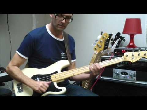 L336 Slap bass in E minor