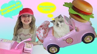 Pretend Play Food Cooking for the Cat Funny video for Kids with Ava and Isla