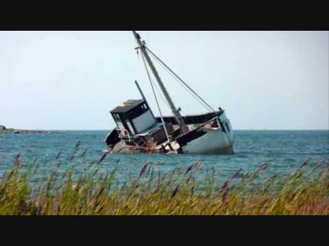 Brännvinsbåten Med Sinn Fenn & Caj Karlsson Video