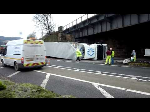 lorry hit bridge