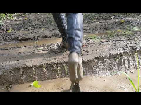 Thigh boots Paolo Conte in mud (10)