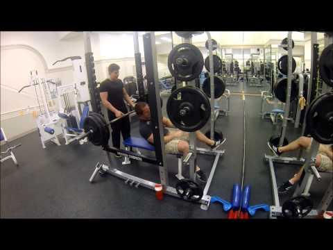 smith machine vs bench press