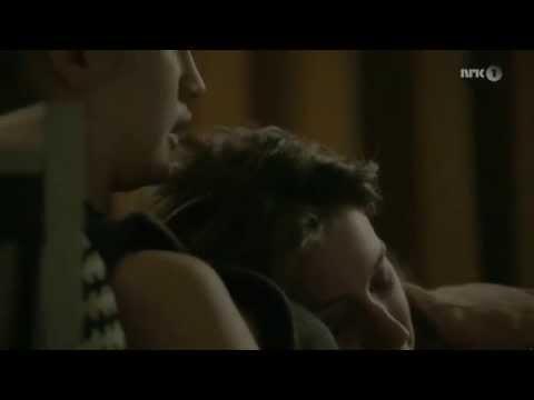 Lesbian Kissing Scenes 9