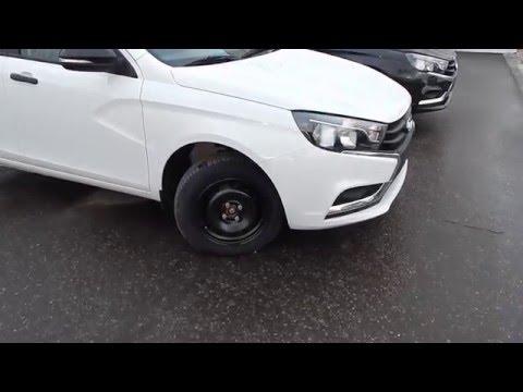 LADА VESTA   комплектация Classic Start  как смотрится авто без литья и неокрашенных зеркал  и ручек