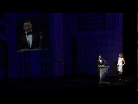 Marc Jacobs Accepts CFDA Lifetime Achievement Award!