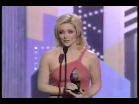 Jane Krakowski Wins 2003 Tony Award For Best Featured Actress In A Musical