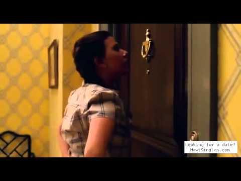 Scarlett Johansson depanting by a kid  (Nanny Diaries)