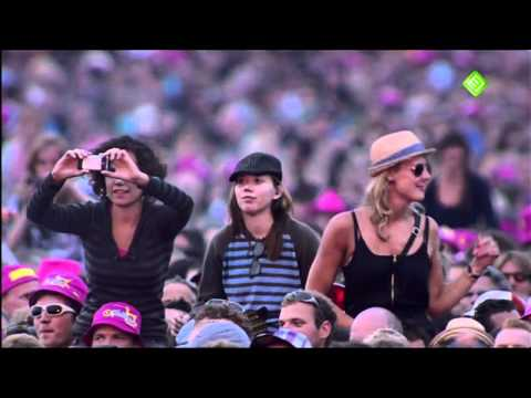 Kings Of Leon - Pyro [HD] (Live Pinkpop 2011)