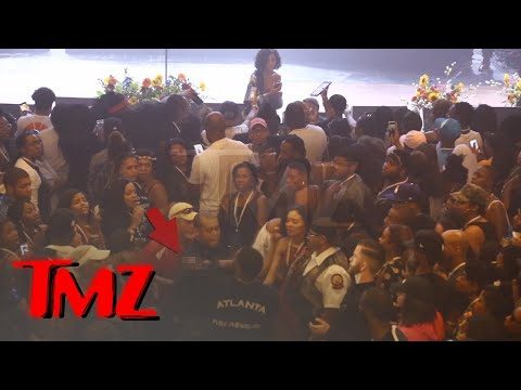 Jhene Aiko Halts Concert When Fan Suffers Seizure | TMZ