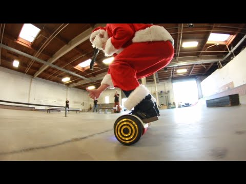 Santa Clause Hangs Out With Chris Cole, Brandon Biebel, Mikey Taylor & More