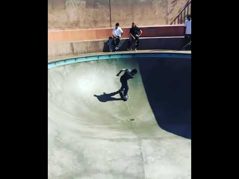 Throwing down in the pool with @chrisrussell_mbk | Shralpin Skateboarding