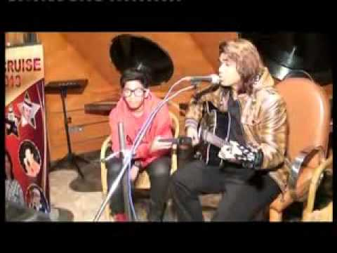 Gulaabi Aankhen (Mohammad Rafi)  by Bollywood Singer SAHEB KHAN...
