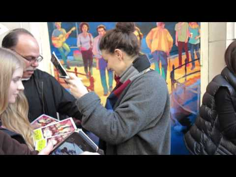Idina Menzel signing autographs at If/Then Broadway