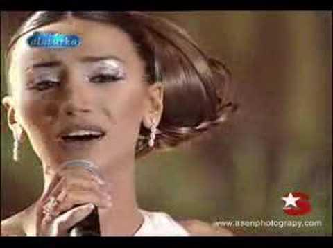 popstar alaturka azeri sanatcı RÖYA