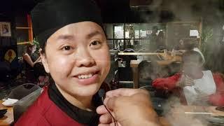 গোখরো সাপ সাবাড় এবার কাঁচা ঝিনুক ও জল বিচ্ছু, দুই কাঠির চিপায় জাপানি কিচ্ছু: Amazing Japanese food!!