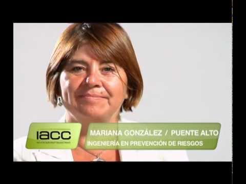 Testimonios de Egresados: Mariana González