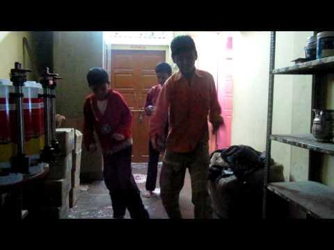 Anshu-Golu-Bittu Dance