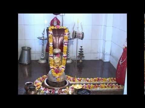 shree shiv shiv bhakt pujya giri bapu dhun : Hari Om Namh Shivay