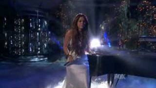 Клип Miley Cyrus - When I Look At You (live)