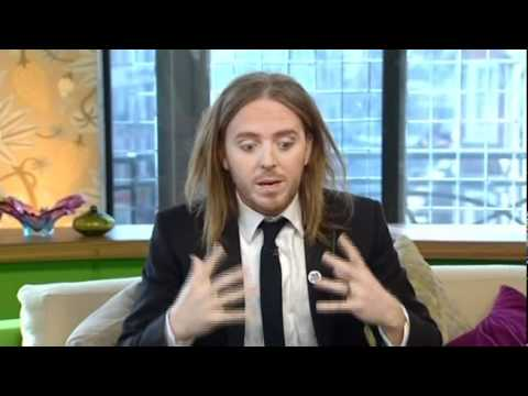 Tim Minchin on Something For The Weekend - 10th April 2011 - Part 1 of 2