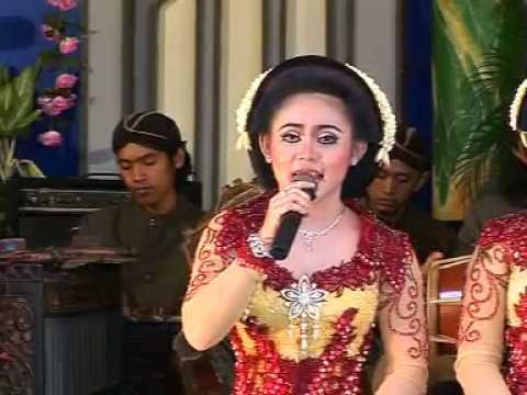Sangga Buana - Kutut Manggung Gayeng - Jineman Glathik Glinding Titipane Anak Putu Pelok Barang.flv video