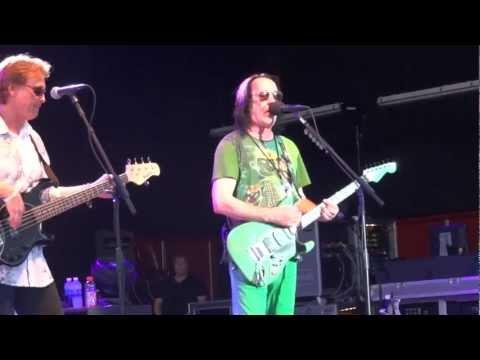 Ringo Starr's All-Star Band-Todd Rundgren-I Saw The Light 6-29-2012