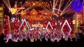 Kanika Kapoor ka damdaar andaaz at the 7th Royal Stag Mirchi Music Awards