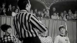 Watch Van Morrison It Takes A Worried Man video