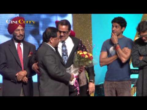 Dharmendra conferred Punjabi Icon award