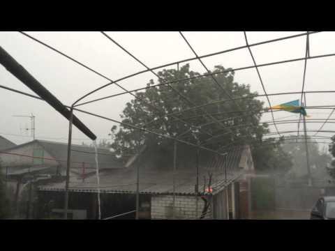 Молния и ливень в Днепропетровске