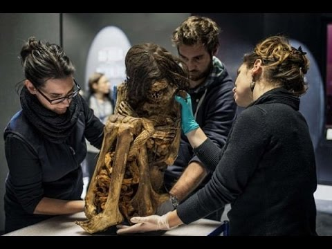 Cleaners Find Ancient Peru Mummy