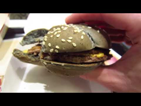 McDonald's Halloween Burgers in Japan ★ SoloTravelBlog