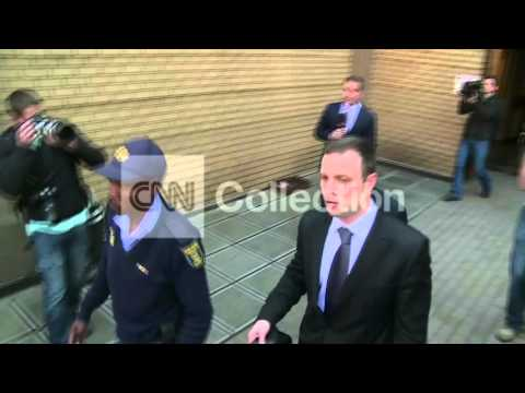 SOUTH AFRICA: PISTORIUS LEAVES COURT