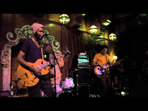 Gary Clark Jr. - Things Are Changin' (Live)