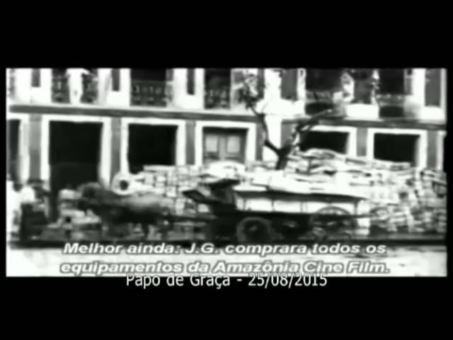 Caio exibe imagens em vídeo da antiga Manaus, sua terra natal.