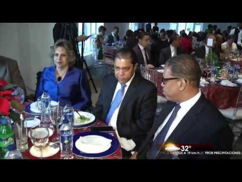 Medina y Abinader participarán en almuerzos Cámara Americana de Comercio