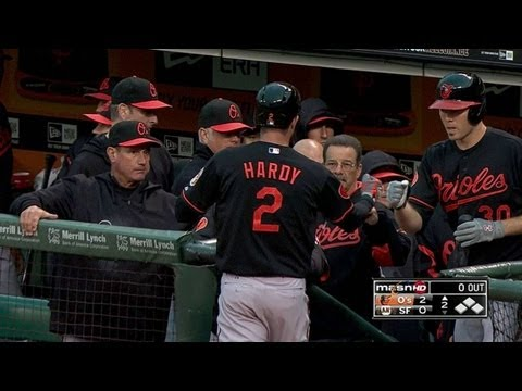 BAL@SF: Hardy goes deep to give Orioles 2-0 lead