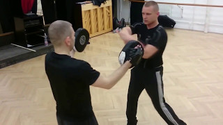Ütés felerősítése / Strengthening the impact of the punch (Systema)