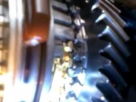 renault trafic vauxhall vivaro nissan primastar gearbox 1 9 youtube. Black Bedroom Furniture Sets. Home Design Ideas