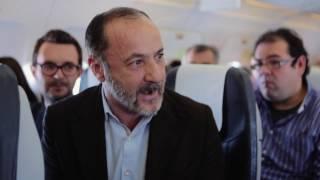 Τι συμβαίνει όταν δύο πασίγνωστοι ηθοποιοί συναντιούνται σε πτήση της AEGEAN;